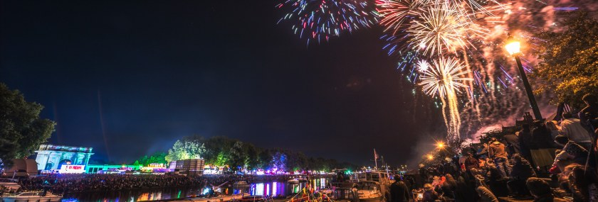 It's Fireworks Time – Riverside Festival '17